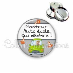 Badge 56mm Moniteur auto-école qui déchire (184GRI01)