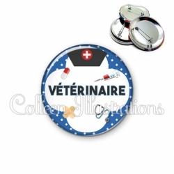 Badge 56mm Vétérinaire (002BLE01)