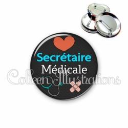 Badge 56mm Secrétaire médicale (155NOI01)