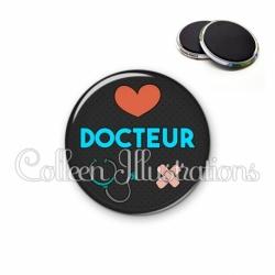 Magnet 56mm Docteur (155NOI01)