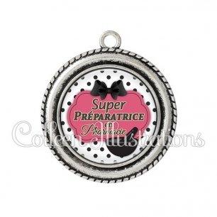 Pendentif résine Super préparatrice en pharmacie (006BLA06)