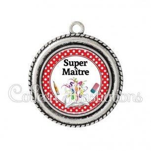 Pendentif résine Super maître (001ROU04)