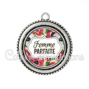 Pendentif résine Femme parfaite (006MUL08)