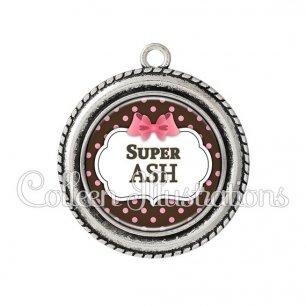 Pendentif résine Super ASH (006NOI22)