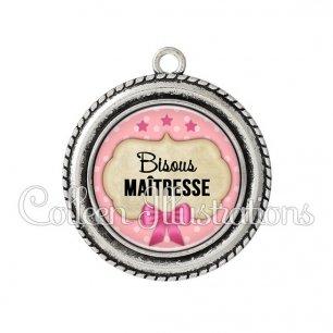 Pendentif résine Bisous maîtresse (006ROS03)
