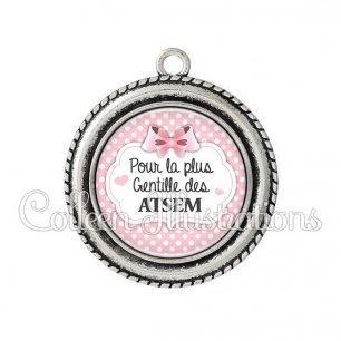 Pendentif résine La plus gentille ATSEM (006ROS17)