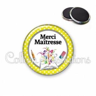 Magnet 56mm Merci maîtresse (001JAU04)