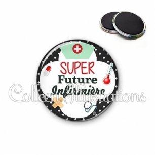 Magnet 56mm Super future infirmière (002NOI01)