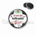 Magnet 56mm Infirmier qui déchire (002NOI01)