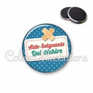 Magnet 56mm Aide-soignante qui déchire (003BLE01)