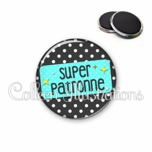 Magnet 56mm Super patronne (003NOI03)