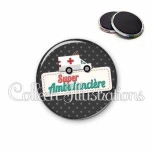 Magnet 56mm Super ambulancière (003NOI05)