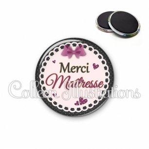 Magnet 56mm Merci maîtresse (005VIO01)