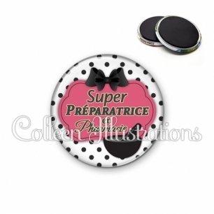 Magnet 56mm Super préparatrice en pharmacie (006BLA06)
