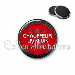 Magnet 56mm Chauffeur livreur qui déchire (011NOI01)