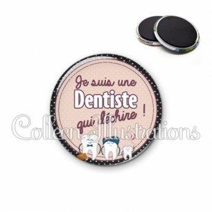 Magnet 56mm Dentiste qui déchire (012MAR01)