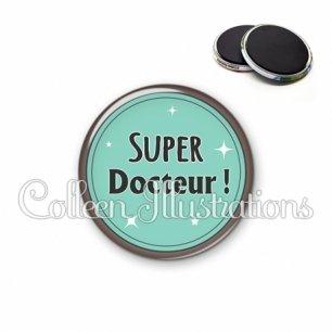 Magnet 56mm Super docteur (012VER01)
