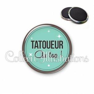 Magnet 56mm Tatoueur au top (012VER01)