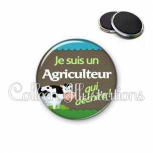 Magnet 56mm Agriculteur qui déchire (019VER01)