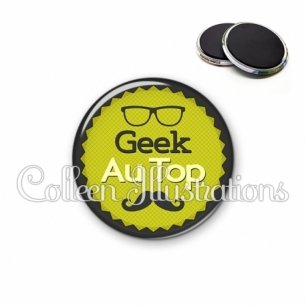 Magnet 56mm Geek au top (024VER01)
