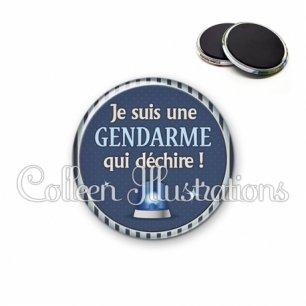 Magnet 56mm Une gendarme qui déchire (031BLE02)