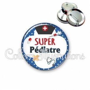 Badge 56mm Super pédiatre (002BLE01)