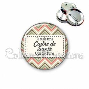 Badge 56mm Cadre de santé qui déchire (003MUL01)