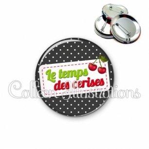 Badge 56mm Le temps des cerises (003NOI04)