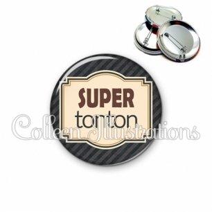 Badge 56mm Super tonton (004NOI01)