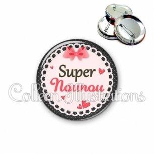 Badge 56mm Super nounou (005ROS01)