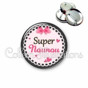 Badge 56mm Super nounou (005ROS03)