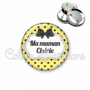 Badge 56mm Maman chérie (006JAU01)