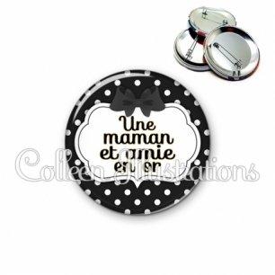 Badge 56mm Maman et amie en or (006NOI16)