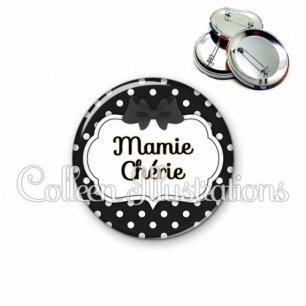 Badge 56mm Mamie chérie (006NOI16)