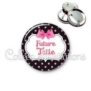 Badge 56mm Future tata (006NOI21)