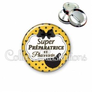 Badge 56mm Super préparatrice en pharmacie (006ORA01)