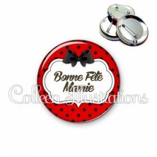 Badge 56mm Bonne fête mamie (006ROU03)