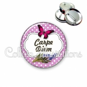 Badge 56mm Carpe diem (006VIO05)