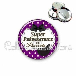Badge 56mm Super préparatrice en pharmacie (006VIO08)