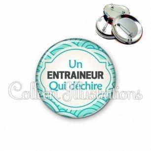 Badge 56mm Entraineur qui déchire (011BLE02)