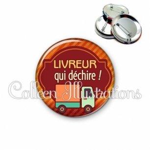 Badge 56mm Livreur qui déchire (011ORA01)