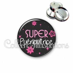 Badge 56mm Super puéricultrice (014GRI02)