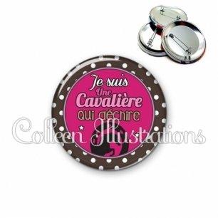 Badge 56mm Cavalière qui déchire (016MAR01)