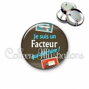 Badge 56mm Facteur qui déchire (019MAR02)