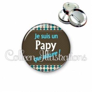 Badge 56mm Papy qui assure (019MUL01)