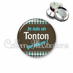 Badge 56mm Tonton qui assure (019MUL01)