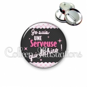 Badge 56mm Serveuse qui déchire (019ROS01)