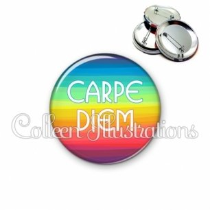 Badge 56mm Carpe Diem (025MUL04)