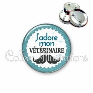 Badge 56mm J'adore mon vétérinaire (028BLE04)