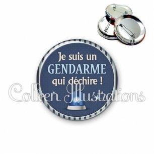 Badge 56mm Un gendarme qui déchire (031BLE02)